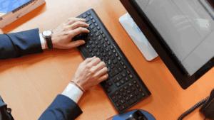 Tentang software erp dan crm