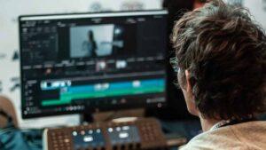 Cara menjadi seorang video editor